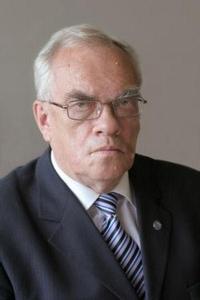 Vladimir E. Tretyakov